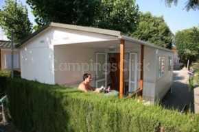 Campsite Naturista & Bungalows Almanat