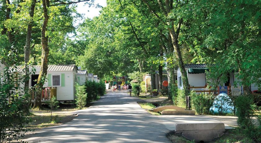 Campsite Parc Saint James - Eurolac Les Landes