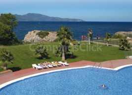 Illa Mateua Campsite Resort