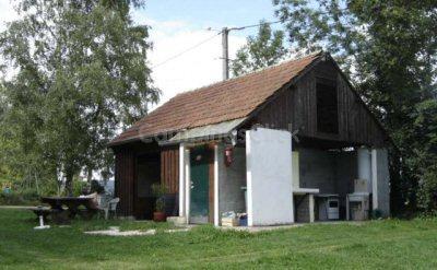 Campsite à la ferme Le Moulin de Guigot